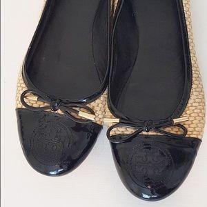 Tory Burch Catherine Ballet Flat Raffia Patent Toe
